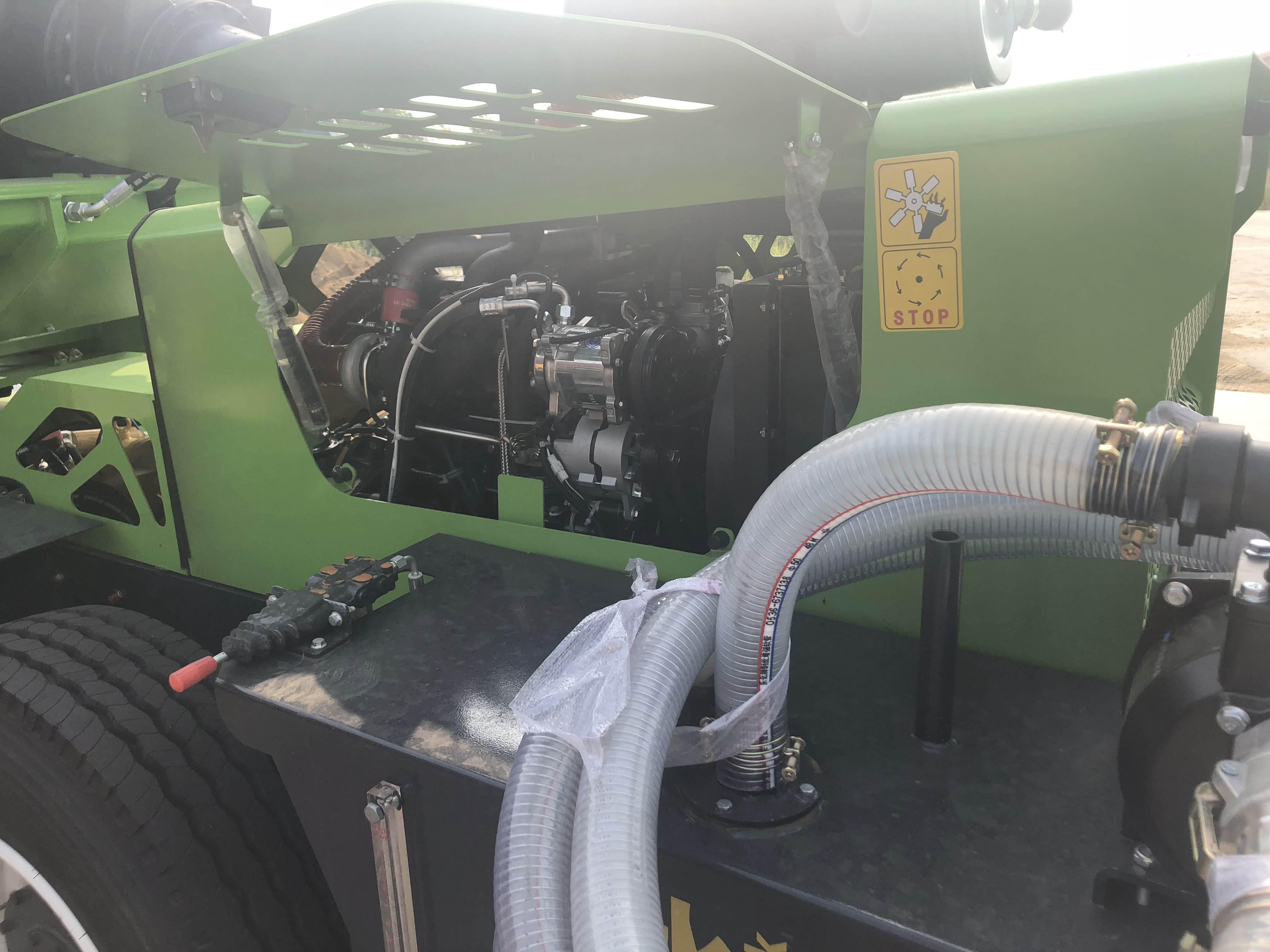 自动上料混凝土搅拌车注意的地方